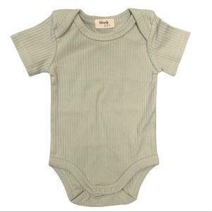 PISTACHIO | Organic cotton ribbed baby Bodysuit